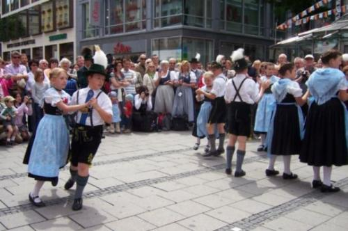Strassenmusizieren2008_06